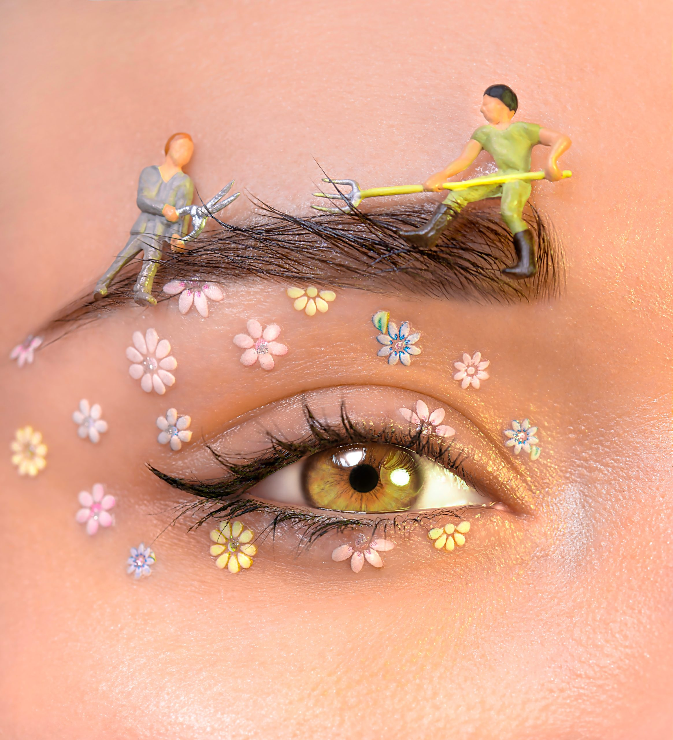 artistic-eye-makeup-3601536